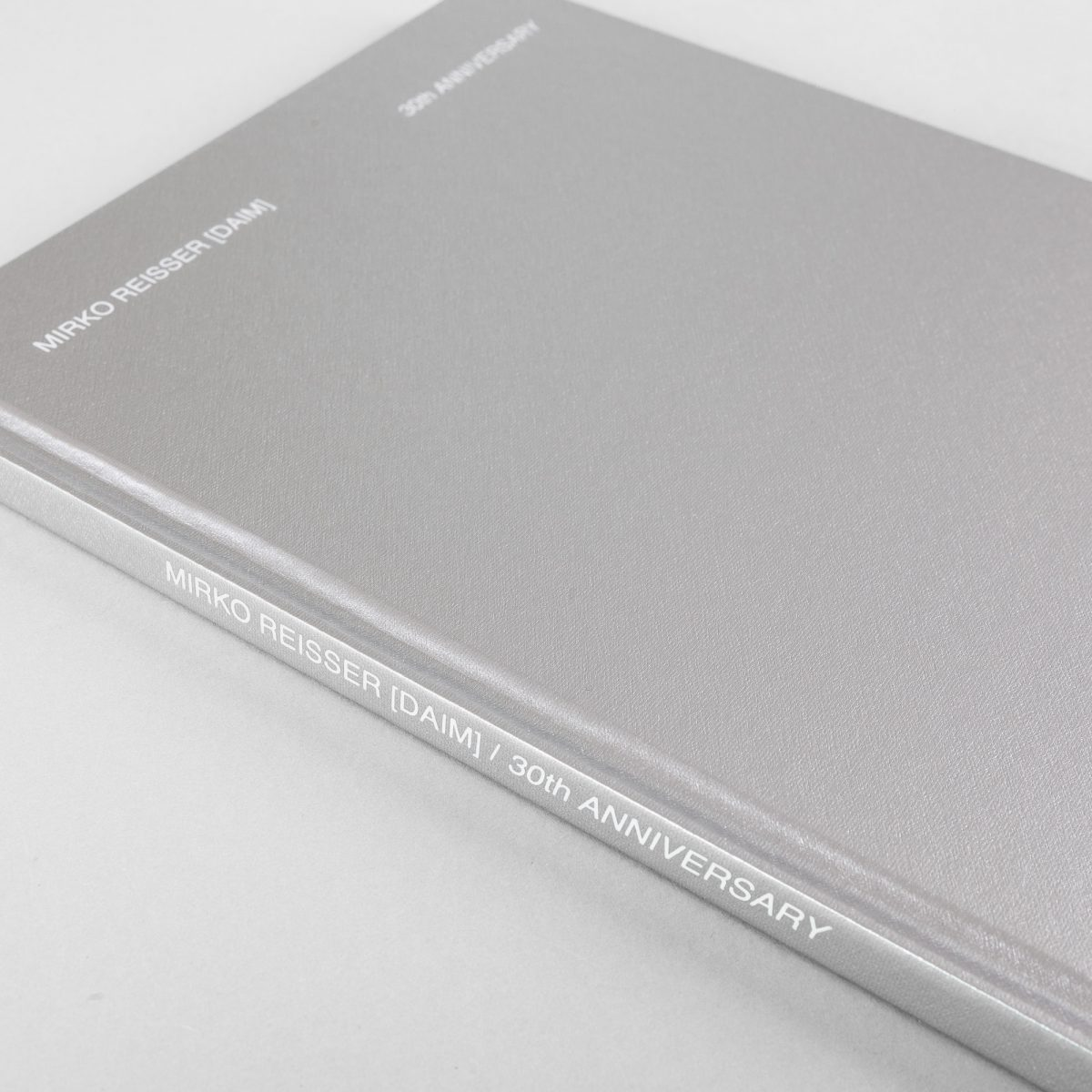 Christian Omodeo (Chiefed.), Jacob Kimvall, Nicolas Couturieux (Aut.); Mirko Reisser (DAIM): ''Mirko Reisser (DAIM) | 30th Anniversary: exhibition catalogue at HANGAR 107 in Rouen, France from 5th july till 4th september 2019''. Original Edition. Hardcover, English / French. Hangar 107, Rouen, France (2019). Series: Hangar 107, No: 003. 30 x 21,5 x 1,1 cm / 11.81 x 8.46 x 0.43 inch, ISBN 978-2-9567403-2-2, 72 full color pages offset printed. More participant persons: Stephanie Lemoine (Author), Fred Nicolau (Layout/Graphic), Julien Tragin (Photographer). | Courtesy: Hangar 107 | © Nicolas Couturieux / Hangar 107, Mirko Reisser (DAIM), and authors and others | Photo: MRpro